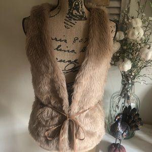 Tan Faux fur vest. Size small